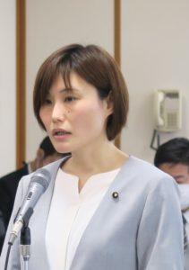 予算委 討論 藤本